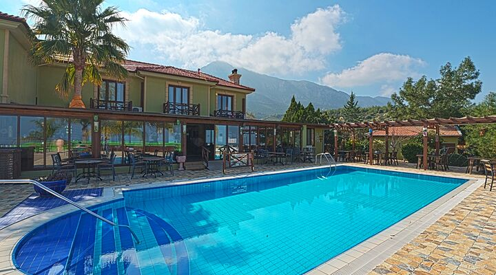 Bella view boutique hotel kyrenia north cyprus for Boutique hotels cyprus