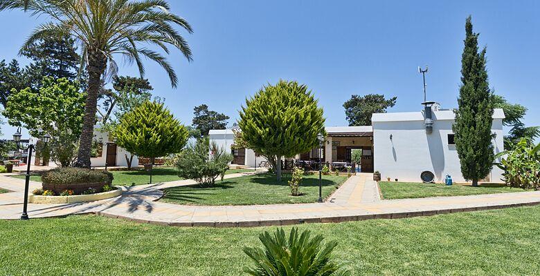 Villa Lembos Hotel Karpas