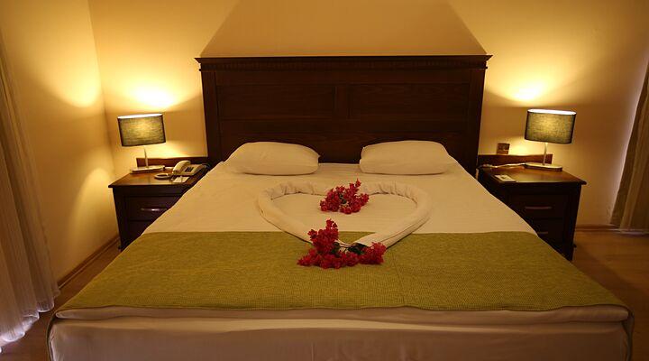 Daytime Hotel Rooms Heathrow